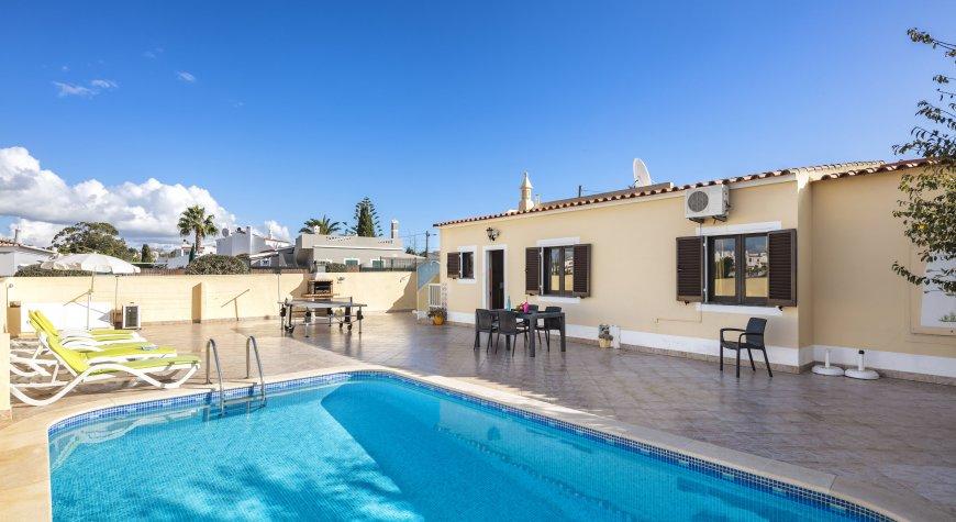 Casa Rosario heatable pool